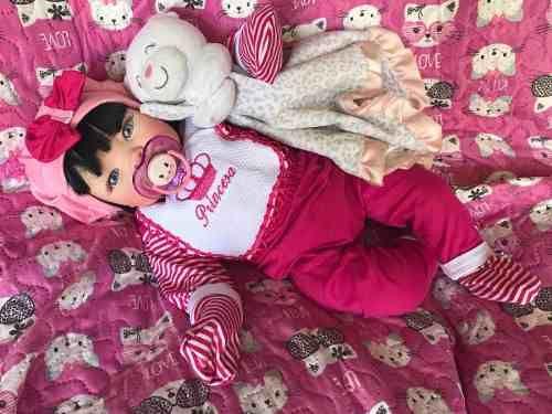 Bebê Reborn Emanuele-pronta Entrega- Promoção !!! - R  960,00 em Mercado  Livre   meu baby   Pinterest   Dolls, Bebe e Barbie fa6649c348