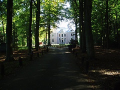 Near Leiden you can find Oud Poelgeest, a nice forest and a beautiful castle
