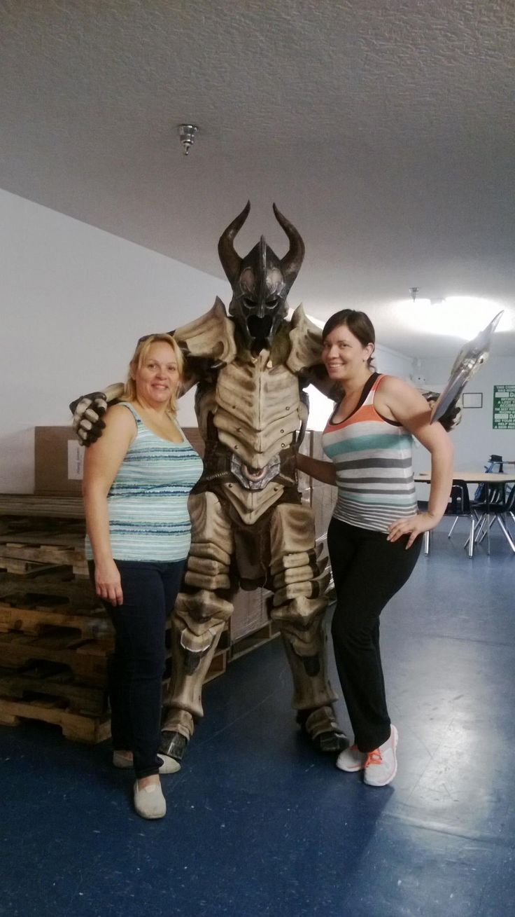 DIY - How to make Skyrim Dragonbone Armour (pinned here because I'd never make it but it's awesome!)