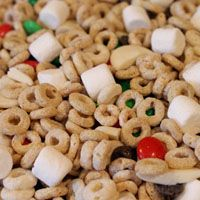 preschool snack mix -- heavy on the cheerios :)