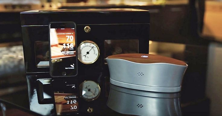 The Blume cigar humidifier keeps tabs on your collection - https://www.aivanet.com/2016/11/the-blume-cigar-humidifier-keeps-tabs-on-your-collection/