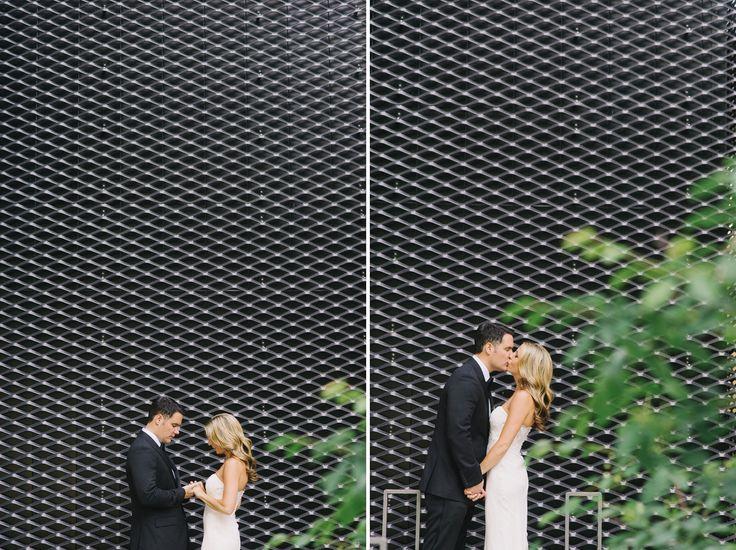 tara mcmullen photography toronto wedding photography knox college wedding photography toronto wedding at knox college park hyatt wedding to...