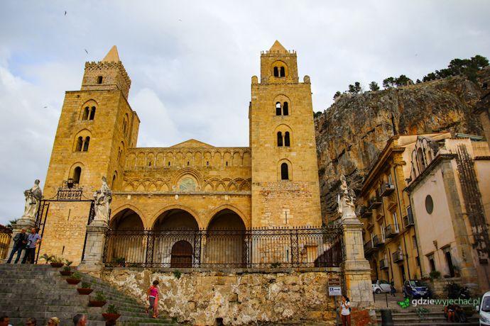 Katedra w Cefalu Sycylia Więcej tu: http://gdziewyjechac.pl/23195/cefalu-na-sycylii-zobacz-piekne-miasto-pod-wiszaca-skala.html #Cefalu