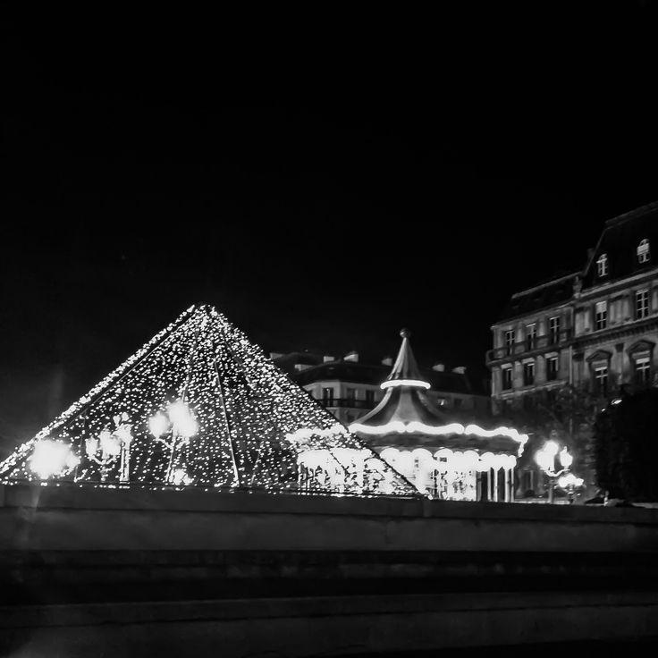Carrousel de l'hôtel de ville - Paris - photo V. Robin