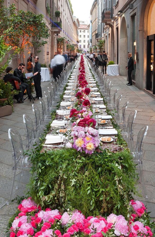 Kartell Louis Ghost by Philippe Starck - Special design dinner