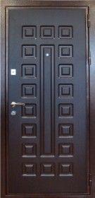 """КОНДОР-Х2 Коробка изготовлена из холоднокатанного стального листа толщиной 2 мм. Единая конструкция с наличниками. КОМПЛЕКТАЦИЯ: Два разносистемных замка """"KALE Kilit""""  Дополнительно установлен """"ночной сторож"""" с задвижкой  и панорамный глазок широкого обзора. ОТДЕЛКА: Металлоконструкция покрашена порошковой краской. Полотно облицовано панелями МДФ: наружная цвета """"венге""""- фрезерованная 16 мм, внутренняя цвета """"беленый дуб"""" - 6 мм. Цвет фурнитуры - """"хром"""""""
