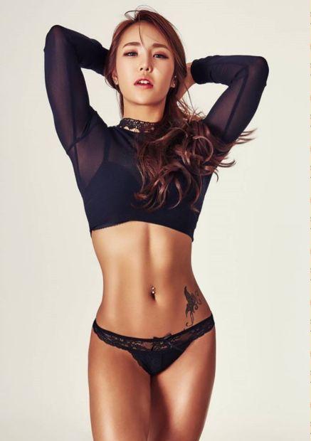 Korean nude model pic