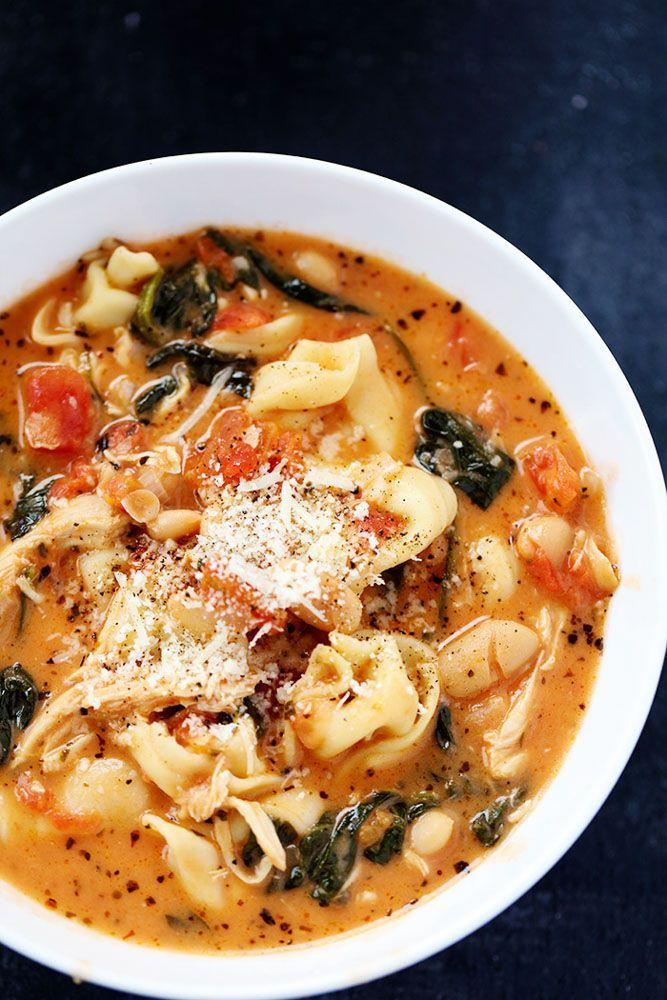 Tom.soep met tortellini en spinazie,tortellini pas op het laatst toevoegen
