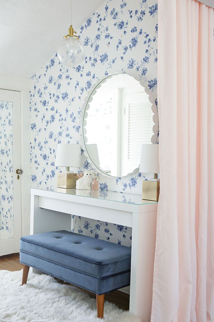 Pale Blue Bedroom 17 Best Ideas About Blue Floral Wallpaper On Pinterest Pretty