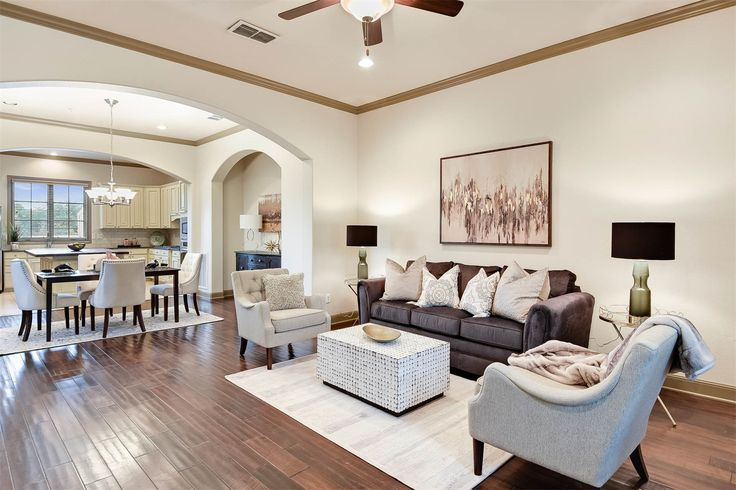 Beautiful #condoforsale in #AlamoHeights - spacious, #openfloorplan; hand scraped wood floors, #gourmetkitchen with custom cabinets; private yard; great central location.  210 Arcadia PL #5, 78209 - 3 Bed | 3.5 Bath | 2195 SF | $394,000.  Click for more details and photos.