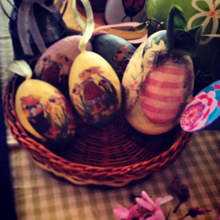 Καλάθι με αυγά!!