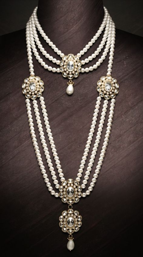 Jewellery. Indian bridal pearls
