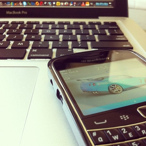 Macbook Pro and Blackberry 9900 -- perfect combo! getting the latter is on the process.. double job! double job!