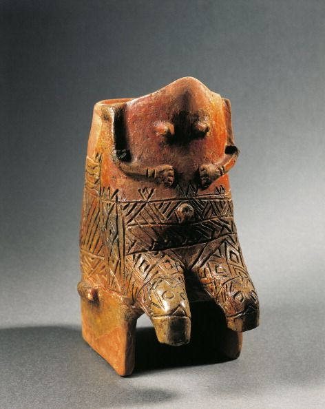Prehistory Hungary Neolithic Tisza culture Terracotta statuette of enthroned woman known as 'Venus of Kökénydomb' 5th millennium bC