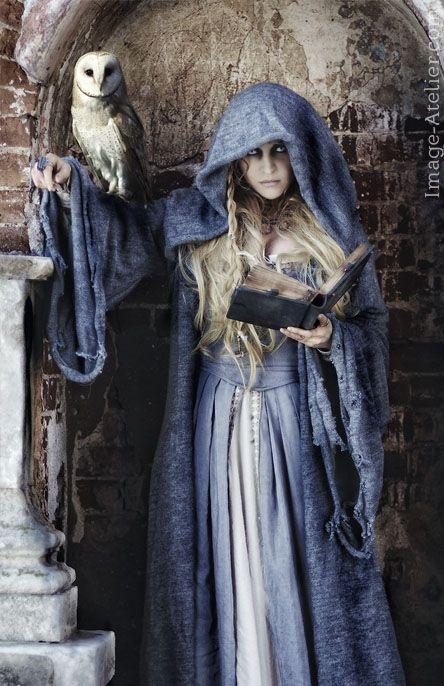 портрет, портетная фотосъемка, художественное фото, художественный портрет, студийная фотосъемка, портфолио модели, фентези фотосъемка, вархаммер ведьма, вархаммер, warhammer, witch, flaggelare, флагеланты, ведьма, ведьма хаоса, ролевой фотосет, фотосет для ролевой игры, ролевые игры, ролевой костюм, образ ведьмы, платье ведьмыб средневековое платье, платье в стиле прерафаэлитов, фотосъемка с совой