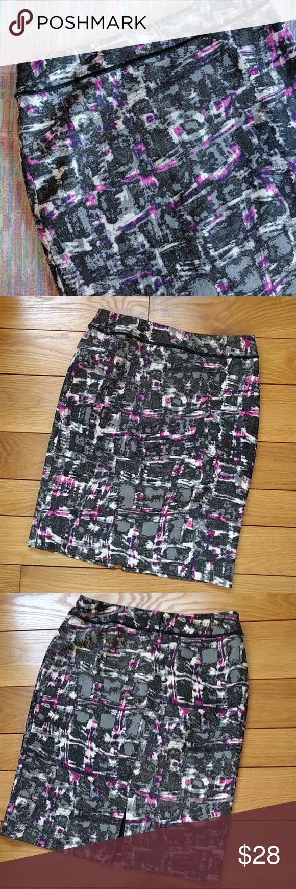 """Worth New York wool abstract print pencil skirt Beautiful wool skirt by the brand Worth.  Great condition, no stains or tears.  Only worn once, almost like new.  Lovely colors in this abstract print, grays and purple.  Zipper and slit in the back, fully lined.  Measures 15"""" flat across the waist, 22"""" length. Worth Skirts Pencil"""