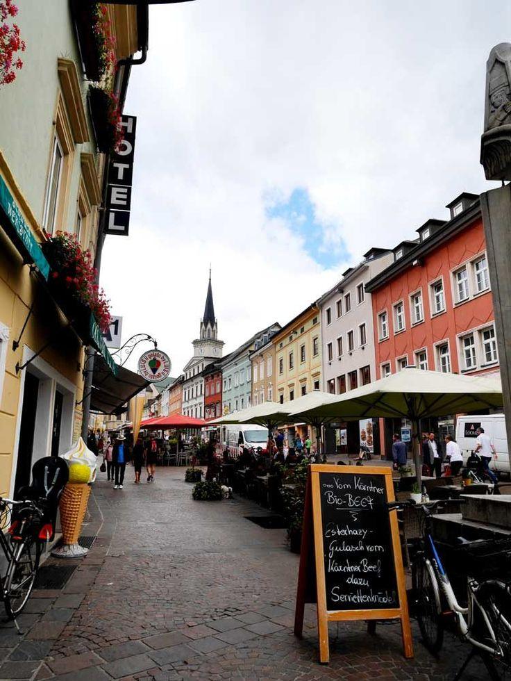 Hauptplatz, Villach, Austria | A Short Guide to Villach, Austria | Laugh Travel Eat http://kruiser.ro/transport-persoane-oradea-austria/