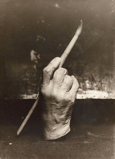 Moulding of the hand of Adolf von Menzel holding a paintbrush, 1900