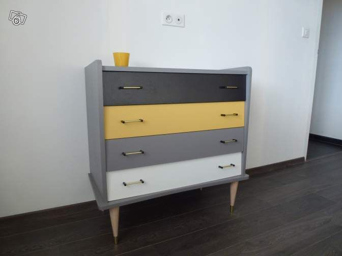 best 25 painted chest ideas on pinterest lingerie. Black Bedroom Furniture Sets. Home Design Ideas