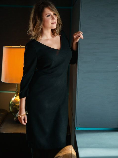 Wear to your board meeting and then to the hotel bar for a drink! This fabulously sexy dress features a v-neck and 3/4 sleeves with a hem that hits just below the knees. A classic that you can wear for years to come!  This pattern is from the Hotel Bar collection.