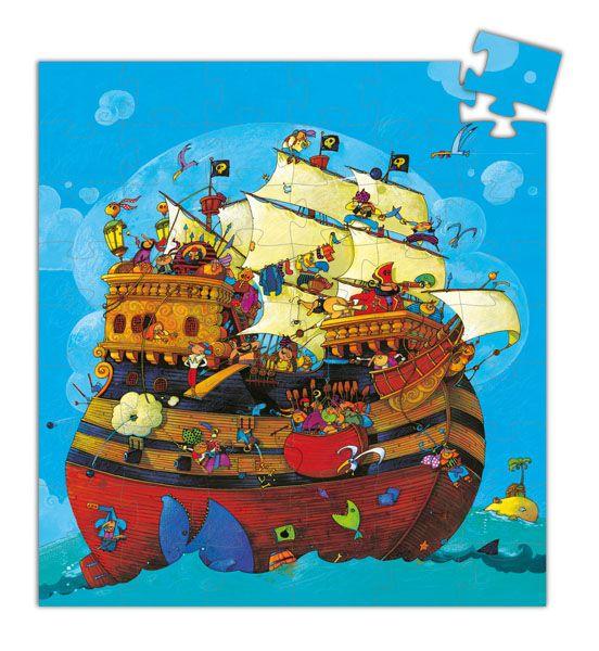 Krásné puzzle z 54 dílků s motivem lodě plné strašlivých, ale i legračních pirátů z dílny francouzské designové firmy Djeco. Dílky jsou z pevného, kvalitního kartonu.