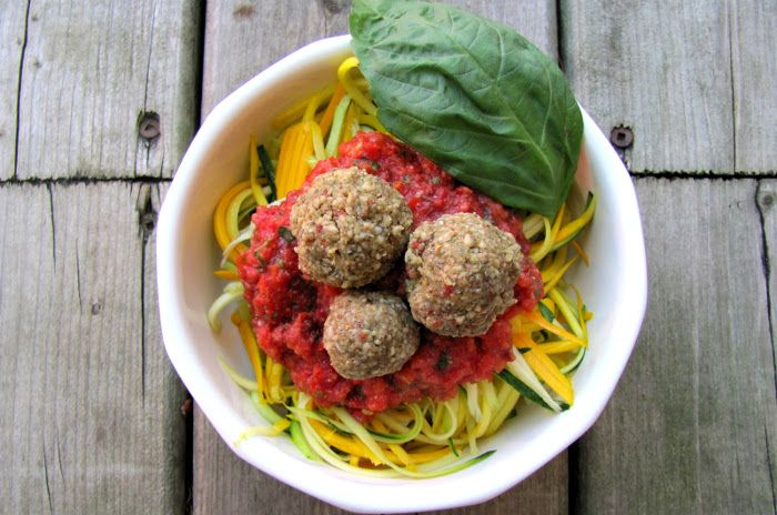 How to Eat More Raw Vegan Foods Without Breaking the Bank  + A Recipe!