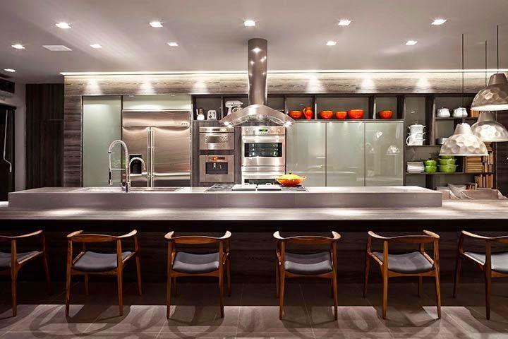 Torres de eletrodomésticos – veja 20 cozinhas lindas e funcionais com essa tendência!