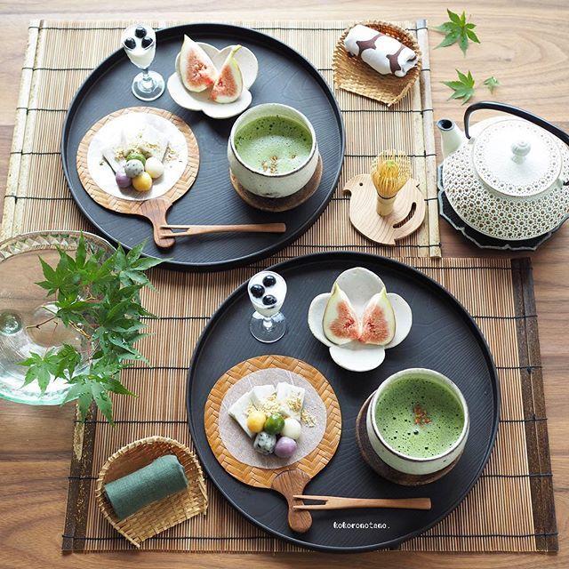 ❁.*⋆✧°.*⋆✧❁ Today's sweets. ・ こんばんは〜 今日は ココナッツミルクを使って わらび餅を作ってみたよ ・ 今日のおやつ ❁ココナッツミルクわらび餅 ❁豆腐の彩り白玉団子(冷凍保存分) ❁いちじく ❁ブルーベリーヨーグルト ❁お抹茶・炒り玄米トッピング ------------------------ LINEブログ・Amebaブログ更新中➰✏︎ 宜しければ @kokoronotane プロフのリンクからどうぞ--✈︎ ・ #こころのたねパンとオヤツ ❁.*⋆✧°.*⋆✧°.*⋆✧°❁
