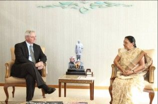Gandhinagar : On Thursday, Gujarat Chief Minister Anandiben Patel meet Ambassador of Denmark Mr Peter Taksoe-Jensen in Gandhinagar. Mr Taksoe-Jensen expressed keen interest to collaborate with Gujarat Government to establish smart cities in the state. The official Account of Gujarat Chief Minister Anandiben Patel took on Twitter. Met Ambassador of Denmark Mr. @petertaksoe in Gandhinagar today pic.twitter.com/b9fIhfE2Xj — Anandiben Patel...  Read More