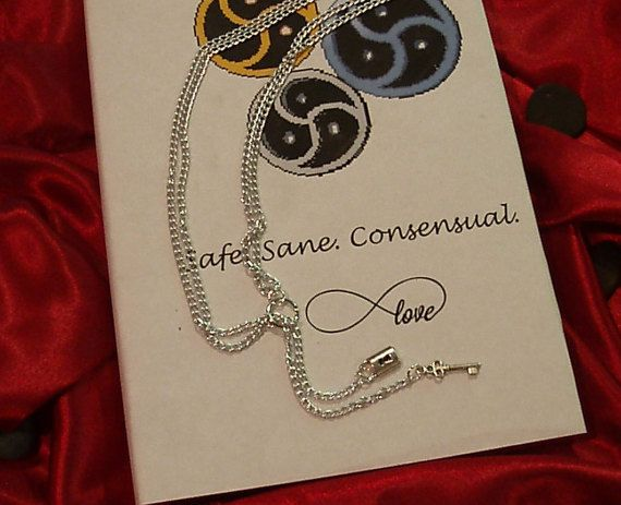Ring of O Shiny Silver Double Chain Y Lariat by CollarsCuffs