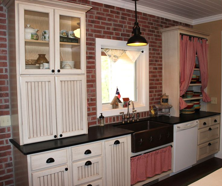 Beaded Kitchen Cabinets: 17 Best Ideas About Bead Board Kitchens On Pinterest