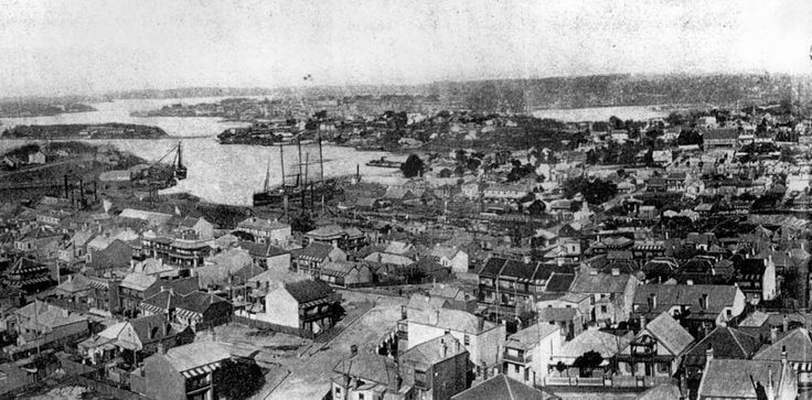 View of Mort's Dock in Waterview Bay from Balmain Coal Mine,in the inner west of Sydney in 1906.