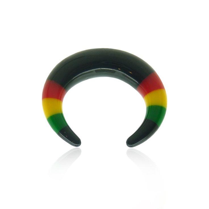 Piercing écarteur pour l'oreille de couleur noire, vert, jaune et rouge (jamaique). Trouvez un bijou qui vous ressemble sur notre site.