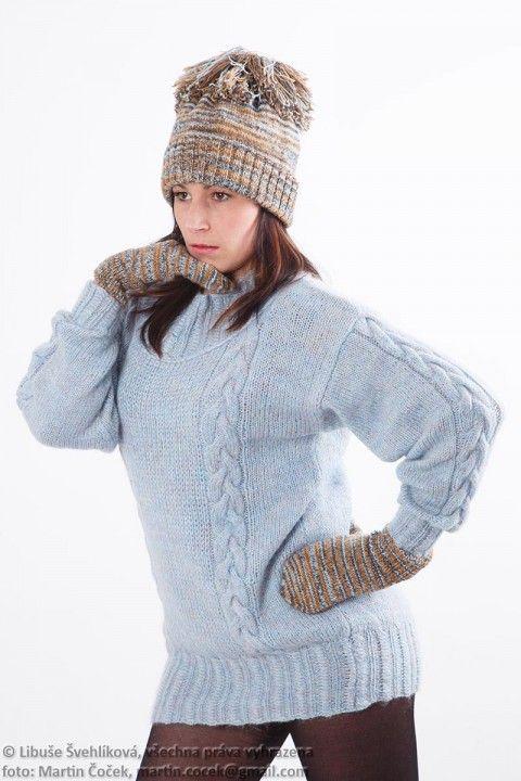 Světle modrý svetr   890002 originální modrá pletení hory sportovní svetr extravagantní město luxusní veselý vlna světlá mohér blankyt handmade modní výlet vycházka ruční práce šmrncovní vycházkový pulover lyžovat