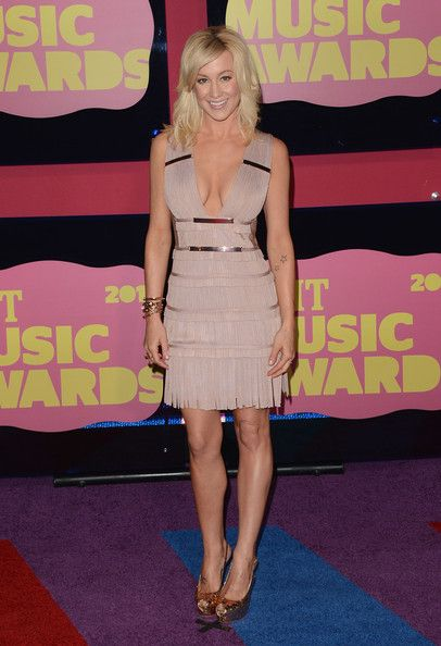 Kellie Pickler looked stunning at the 2012 CMT Music Awards: Kellie Pickler, Fashion, Nude, Style, Dresses, 2012 Cmt, Cmt Awards, Fringe, Awards Kellie