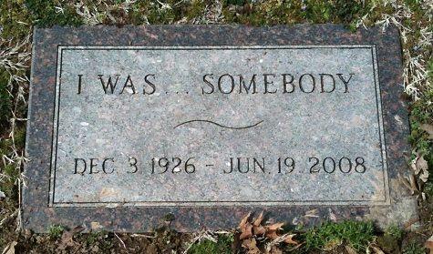 A unique headstone for Glenna June Bellomy Anderson (1926 - 2008).  Park Cemetery, Carthage, Missouri.
