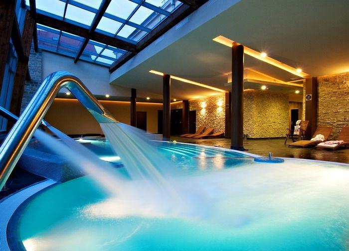 Freeform pool in Anna Grand Hotel**** Wine & Vital Balatonfüred http://annagrandhotel.hu/wellness-kueloenleges-eleterzes.html