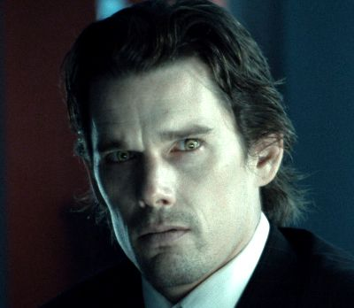 ethan hawke vampire in daybreakers | And this is Ethan ...