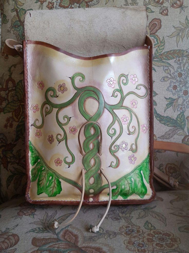 Celtic sun & moon bag front  open view