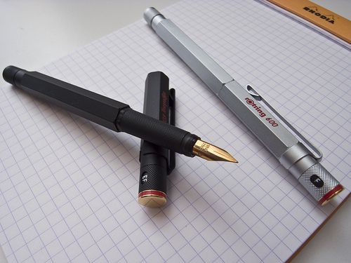 Rotring 600 fountain pen by calcul8er, via Flickr. Classic, balanced, writing instruments.