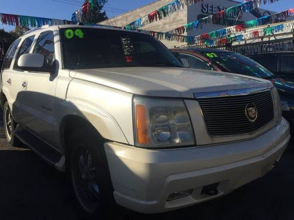 2004 Cadillac Escalade For Sale! (7126 S. Western Ave) $5995
