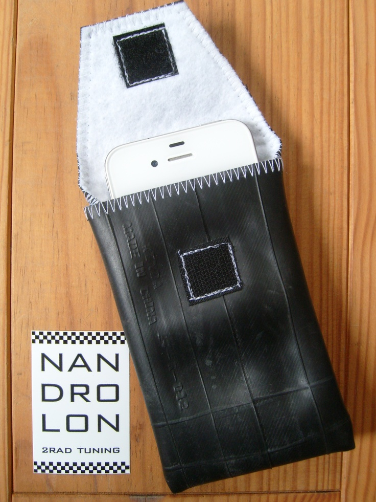 iPhone Case made ​​from recycled bike tube, white