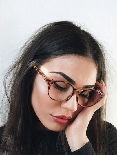 Make para usar com óculos de grau