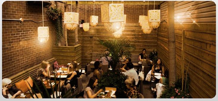 M s de 25 ideas incre bles sobre yorkville toronto en for Jardin secreto wine