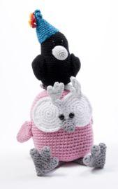 Kraai Karel #haken #haakpatroon #gehaakt #amigurumi #knuffel #gehaakt #crochet #häkeln #cutedutch