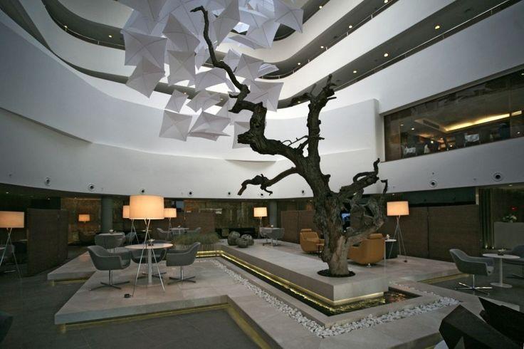 Simplicity-Radisson-Hotel-LobDesign-by-Design-by-Tanju-Özelgin-Interior-Photos.jpg (940×626)