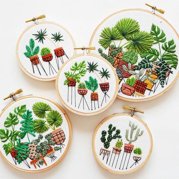 Entre móveis e folhagens: Conheça as ilustrações bordadas da americana Sarah K…                                                                                                                                                      Mais
