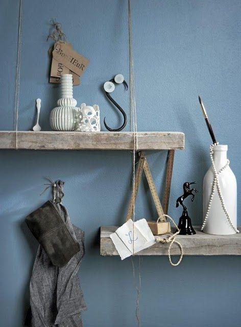 joli bleu gris! et DIY etageres