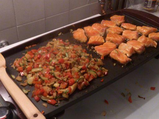 Saumon à la plancha et ses petits légumes
