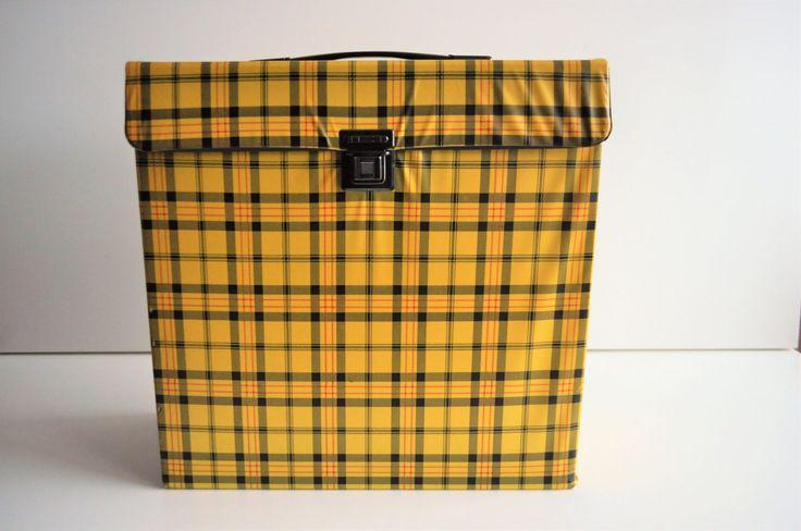 vintage platen koffer met geel ruit patroon - 70s - lp opberger - 33 RPM - vinyl box door VintageAndRetroNL op Etsy